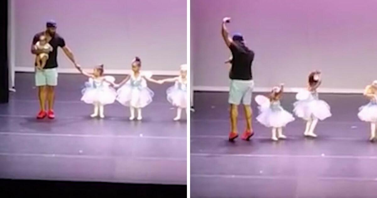 d061eb95bd Pai sobe ao palco e dança ballet para ajudar a filha de dois anos com medo  do palco